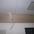 11/30晚上 : 為了客廳冷氣機弄了一個假的小樑