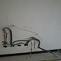 電視牆的線~~