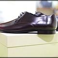 Burberry shoes 008.JPG