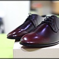 Burberry shoes 010.JPG