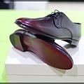 Burberry shoes 014.JPG