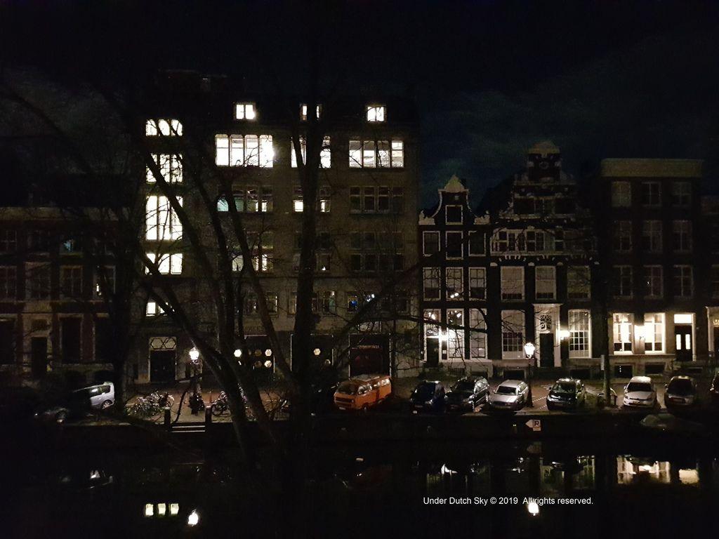 2019 阿姆斯特丹住宿推薦.jpg