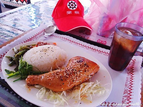 59-台東豐年機場用餐.JPG