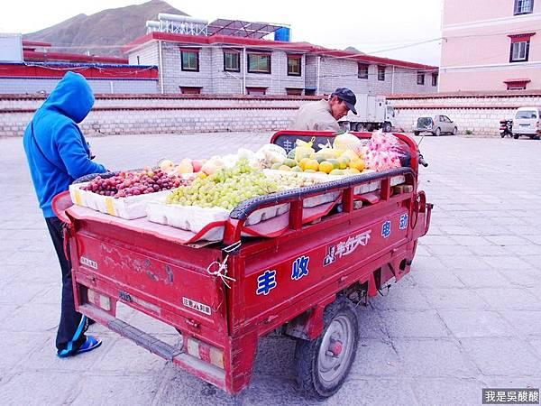 63-西藏水果好吃.JPG