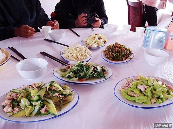48-酸酸遊西藏 定日午餐、換車