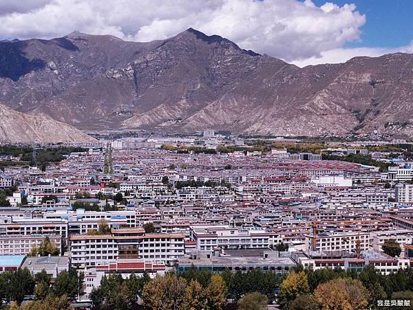 38-西藏布達拉宮遠眺拉薩