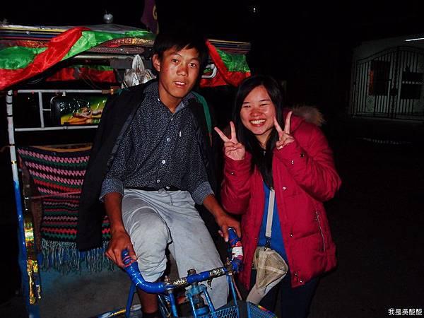 43-西藏拉薩人力拉車