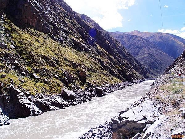 25-西藏拉薩風光 前往納木措途中(我是吳酸酸)
