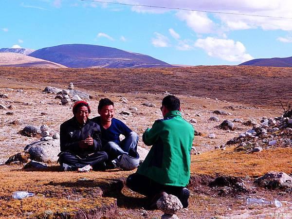 43-西藏拉薩風光 前往納木措途中(我是吳酸酸)