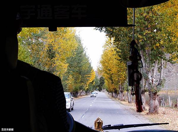 20-西藏拉薩前往山南甘丹寺.JPG