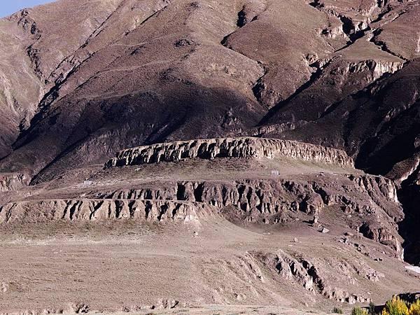 13-西藏 藏王墓