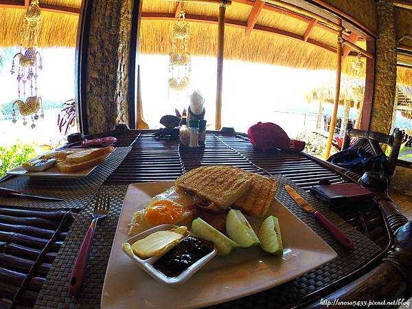 74-Coral Bay Beach and Dive Resort.JPG