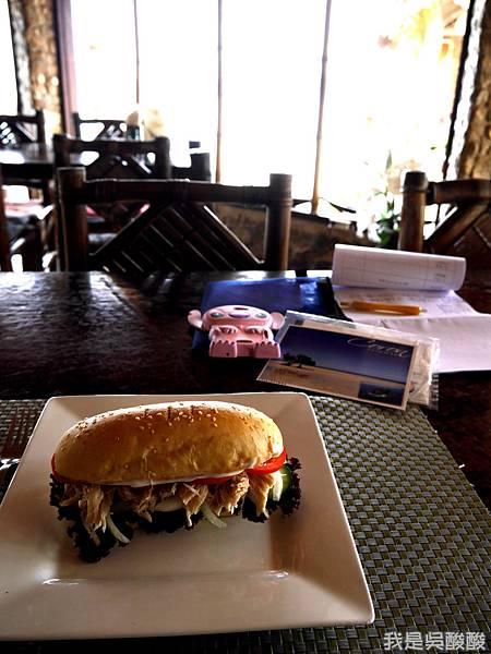 016-Coron Coral Bay Beach And Dive Resort.JPG
