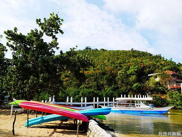 019-Coron Coral Bay Beach And Dive Resort.JPG