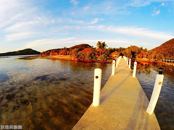 039-Coron Coral Bay Beach And Dive Resort.JPG