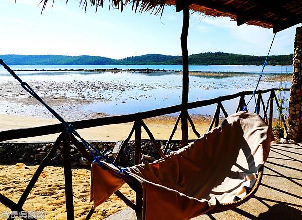 068-Coron Coral Bay Beach And Dive Resort.JPG