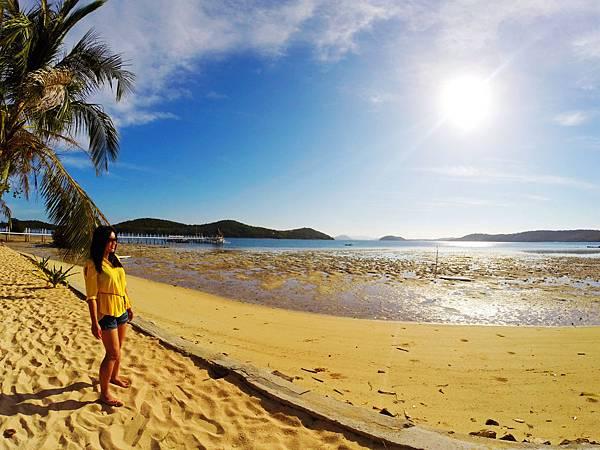 069-Coron Coral Bay Beach And Dive Resort.JPG