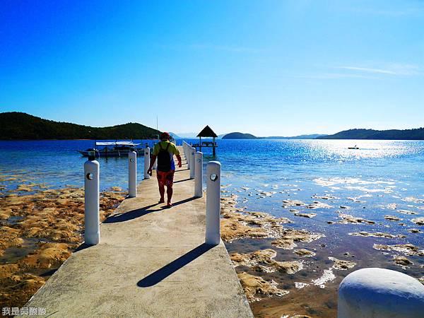 071-Coron Coral Bay Beach And Dive Resort.JPG