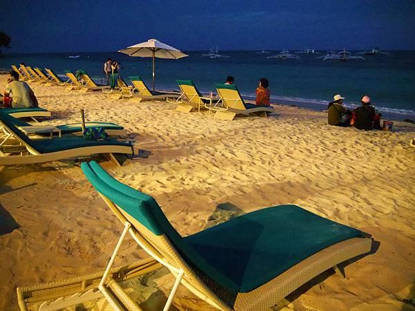 05-Henann Resort Alona Beach自助餐.JPG