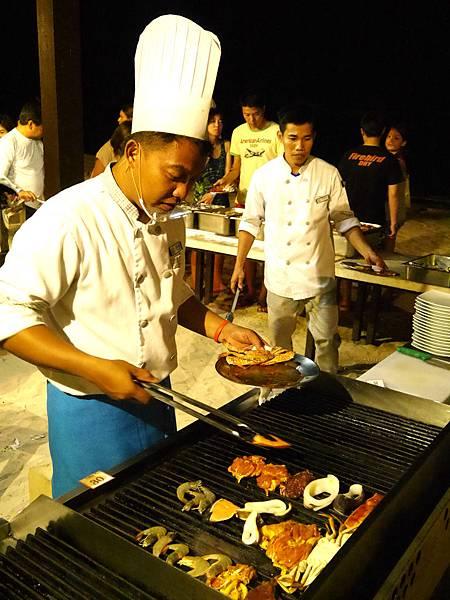 25-Henann Resort Alona Beach自助餐.JPG