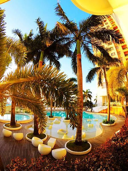 09-Movenpick Hotel Mactan Island Cebu 吳酸酸.JPG