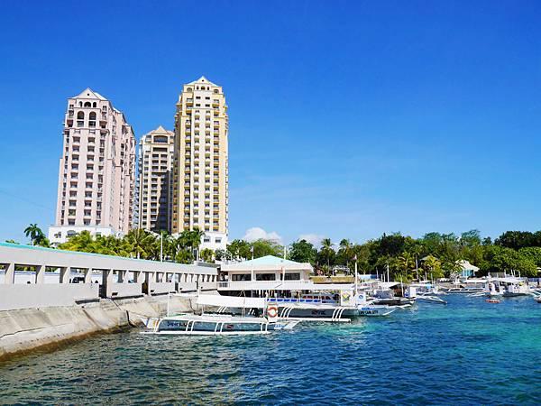 14-Movenpick Hotel Mactan Island Cebu 吳酸酸.JPG