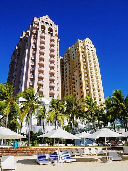 19-Movenpick Hotel Mactan Island Cebu 吳酸酸.JPG