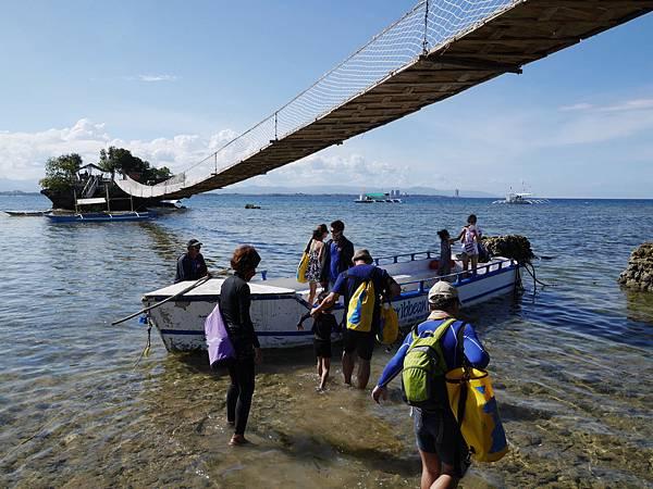 22-宿霧 吳酸酸Orlango Island.JPG