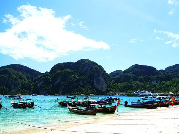 08-泰國普吉島 Phi Phi Islands 大PP島.JPG