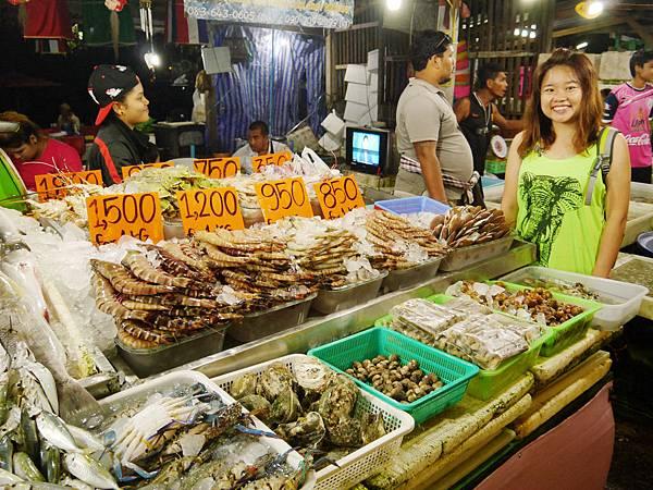 12-Rawai Beach seafood拉威沙灘海鮮.JPG