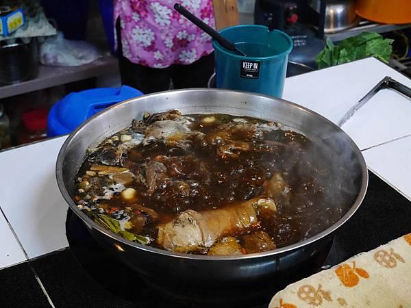 08-泰國平民小吃 米粉湯(還有粿條湯).JPG