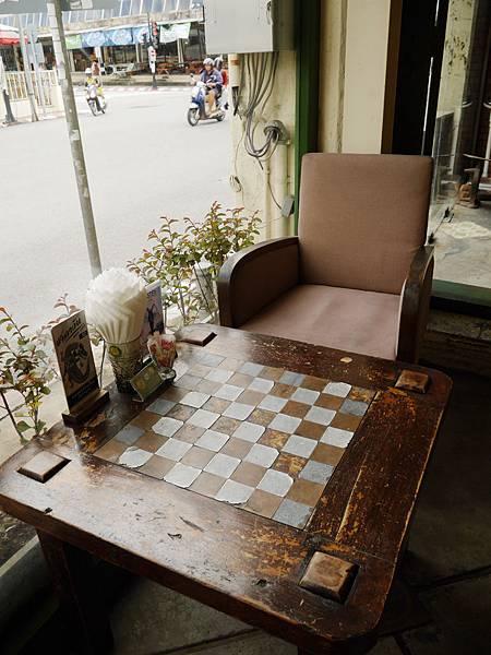 23-普吉島百年老房子餐廳 One Chun 吳酸酸.JPG