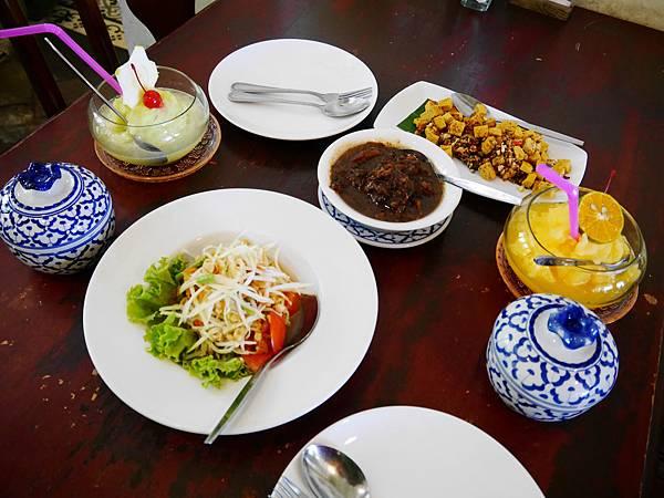 42-普吉島百年老房子餐廳 One Chun 吳酸酸.JPG