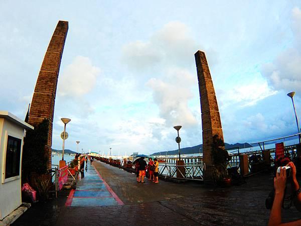 16-普吉島南部最大碼頭 Ao Chalong pier.JPG