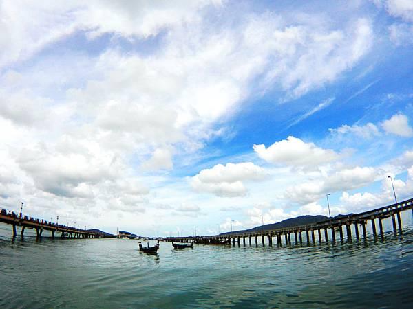 17-普吉島南部最大碼頭 Ao Chalong pier.JPG