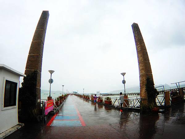 18-普吉島南部最大碼頭 Ao Chalong pier.JPG