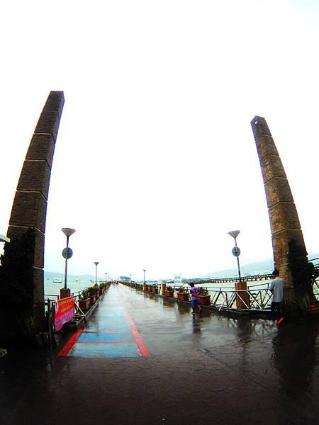 19-普吉島南部最大碼頭 Ao Chalong pier.JPG