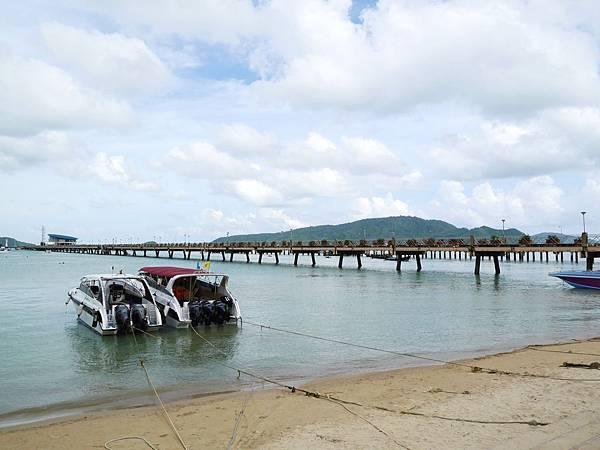 43-普吉島南部最大碼頭 Ao Chalong pier.JPG
