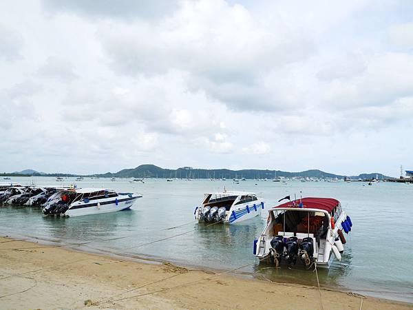 44-普吉島南部最大碼頭 Ao Chalong pier.JPG