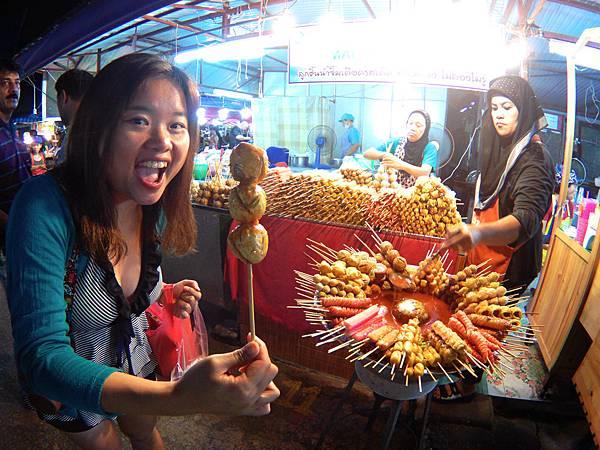 05-Phuket Weekend Market (Naka Market) 普吉島假日夜市 吳酸酸.JPG