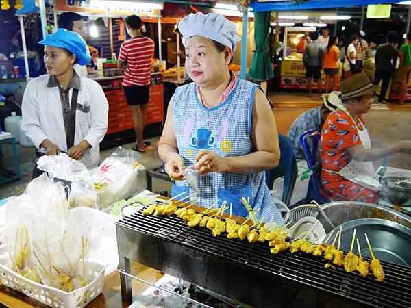 14-Phuket Weekend Market (Naka Market) 普吉島假日夜市 吳酸酸.JPG