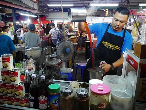 12-Phuket Weekend Market (Naka Market) 普吉島假日夜市 吳酸酸.JPG