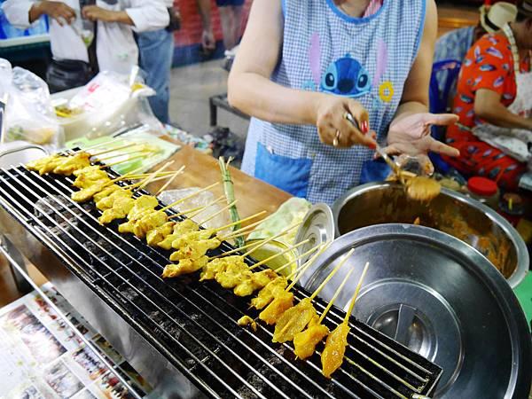 15-Phuket Weekend Market (Naka Market) 普吉島假日夜市 吳酸酸.JPG