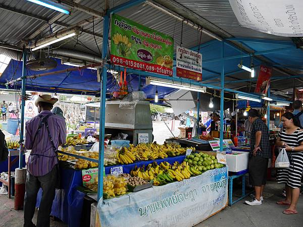 31-1 Phuket Weekend Market (Naka Market) 普吉島假日夜市 吳酸酸.JPG
