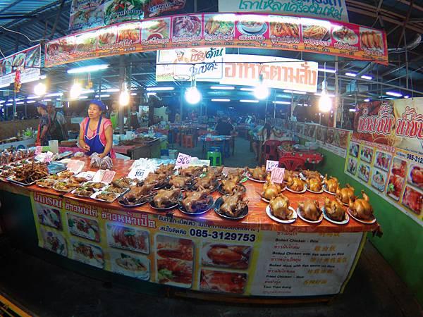 62-Phuket Weekend Market (Naka Market) 普吉島假日夜市 吳酸酸.JPG