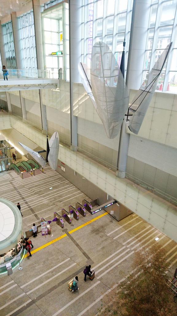 06-機場捷運 到林口.JPG