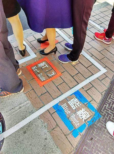 03-台北雙層觀光巴士 吳酸酸.jpg