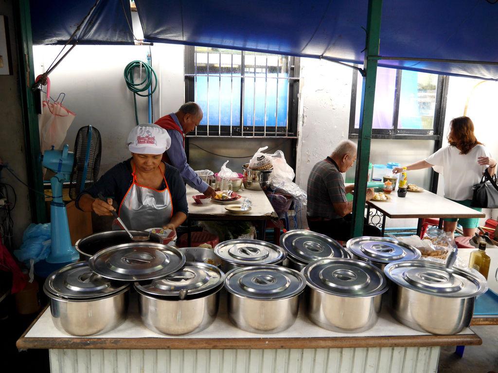 02-泰國普吉島 跟著計程車司機吃美食 吳酸酸.JPG