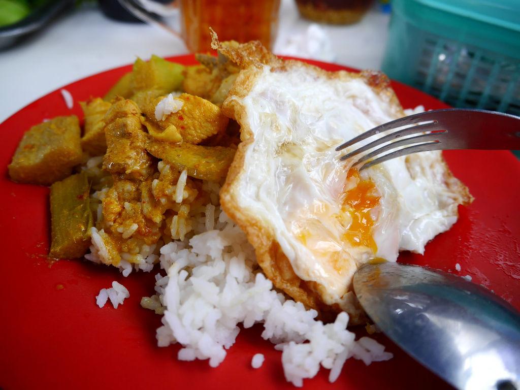 08-泰國普吉島 跟著計程車司機吃美食 吳酸酸.JPG