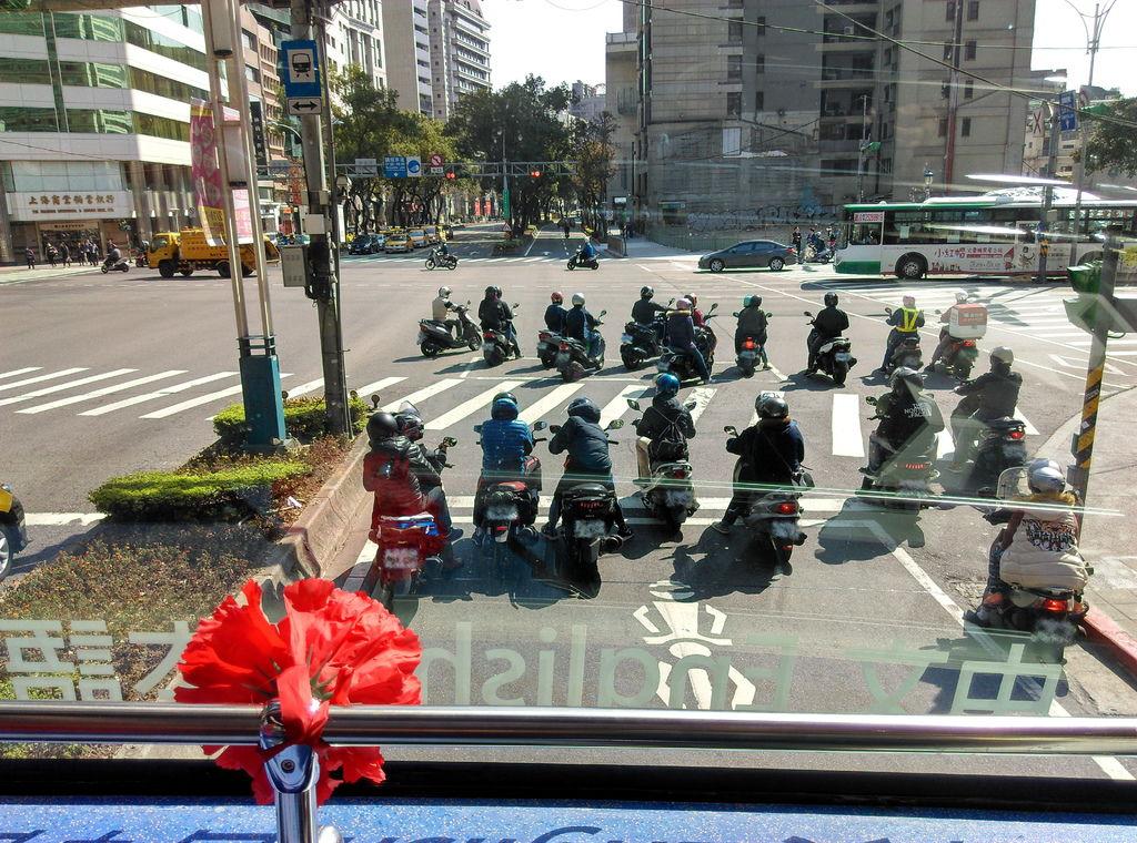 49-2 台北雙層觀光巴士.jpg